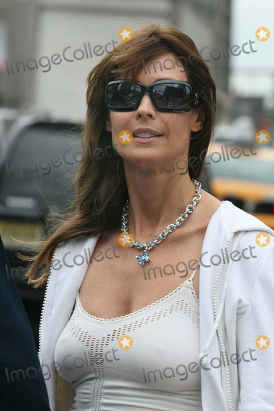 Alexei Yashin, Carol Alt Photo - NYC  08/26/06Carol Alt (showing her belly piercing) with Alexei Yashin, wearing a necklace that Alexei had just bought for her for no particular occasion, walking in SOHO after having lunch at CiprianiDigital Photo by Adam Nemser-PHOTOlink.net