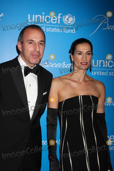 Matt Lauer, Annette Lauer Photo - NYC  12/02/09