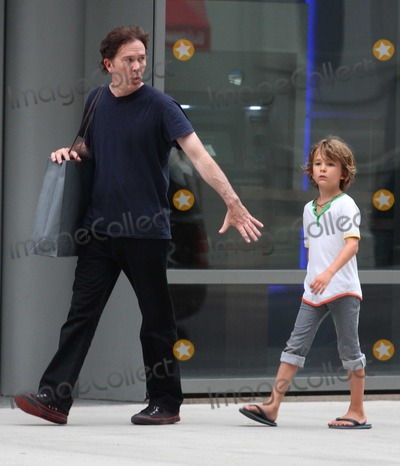 Photos And Pictures Nyc 08 18 10 Exclusive Timothy Hutton Who Turned 50 Years Old On August 16 Wife Aurore Giscard D Estaing And Son Milo Hutton 9 Years Old Shopping In Soho Exclusive