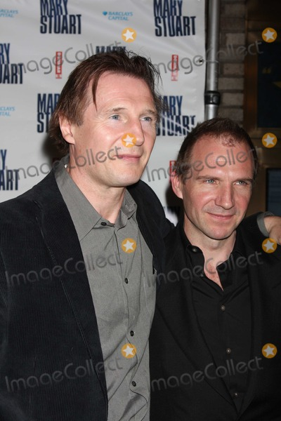 Photos and Pictures - NYC 04/19/09 Liam Neeson (his first red carpet