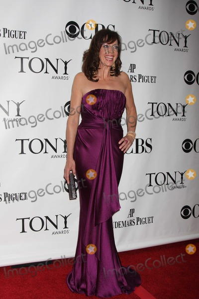 Allison Janney Photo - NYC  06/07/09