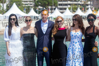 Fan Bingbing, Jessica Chastain, Marion Cotillard, Penelope Cruz, Simon Kinberg, Penelope  Cruz, Lupita Nyong'o, Lupita  Nyong'o, Jessica Paré Photo - CANNES, FRANCE - MAY 10: Penelope Cruz, Marion Cotillard, Jessica Chastain, Simon Kinberg, Lupita Nyong'o and Fan Bingbing attend the photocall for '355' during the 71st annual Cannes Film Festival at Palais des Festivals on May 10, 2018 in Cannes, France. (Photo by Laurent Koffel/ImageCollect.com)