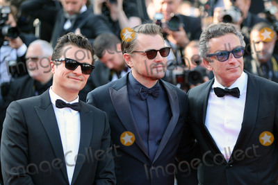 """Alejandro Agag, Orlando Bloom Photo - CANNES, FRANCE - MAY 23: Orlando Bloom, Leonardo DiCaprio and Alejandro Agag attend the screening of """"The Traitor"""" during the 72nd annual Cannes Film Festival on May 23, 2019 in Cannes, France. (Photo by Laurent Koffel/ImageCollect.com)"""