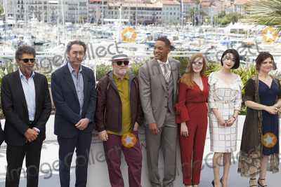 Agnes Jaoui, Fan Bingbing, Jessica Chastain, Paolo Sorrentino, Will Smith, The Jury Photo - CANNES, FRANCE - MAY 17: Titre: Gabriel Yared, Paolo Sorrentino, Pedro Amoldovar, Will Smith, Jessica Chastain, Fan Bingbing, Agnes Jaoui attends the Jury photocall during the 70th annual Cannes Film Festival at Palais des Festivals on May 17, 2017 in Cannes, France.