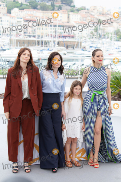 Marion Cotillard, Vanessa Larré Photo - CANNES, FRANCE - MAY 12: (L-R) Actress Amelie Daure, director Vanessa Filho, actress Ayline Aksoy-Etaix, and actress Marion Cotillard attend the photocall for 'Angel Face (Gueule D'Ange)' during the 71st annual Cannes Film Festival at Palais des Festivals on May 12, 2018 in Cannes, France. (Photo by Laurent Koffel/ImageCollect.com)