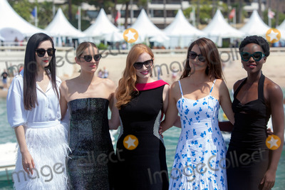 Fan Bingbing, Jessica Chastain, Marion Cotillard, Penelope Cruz, Penelope  Cruz, Lupita Nyong'o, Lupita  Nyong'o, Jessica Paré Photo - CANNES, FRANCE - MAY 10: Penelope Cruz, Marion Cotillard, Jessica Chastain, Lupita Nyong'o and Fan Bingbing attend the photocall for '355' during the 71st annual Cannes Film Festival at Palais des Festivals on May 10, 2018 in Cannes, France. (Photo by Laurent Koffel/ImageCollect.com)