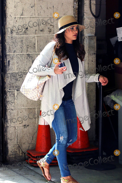 Andi Dorfman Photo - May 19 2014, New York City  Bachelorette Andi Dorfman made an appearance at the Kelly and Michael Show on May 19 2014 in New York City