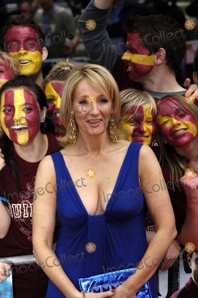 863a322a762b Photos and Pictures - Rowling at the World Premiere of