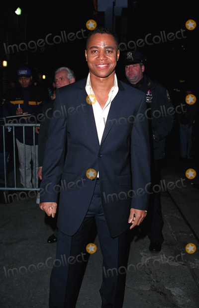 """Cuba Gooding JR, Cuba Gooding Jr., Cuba Gooding, JR, David Letterman, Ed Sullivan, Cuba Gooding Photo - * WORLD SYNDICATION RIGHTS *    Actor CUBA GOODING JR. (Men of Honor, Zoolander) outside the Ed Sullivan Theater in New York after making an appearance on """"The Late Show With David Letterman."""" January 15, 2002.  2002 by Alecsey Boldeskul.  ONE-TIME REPRODUCTION RIGHTS."""