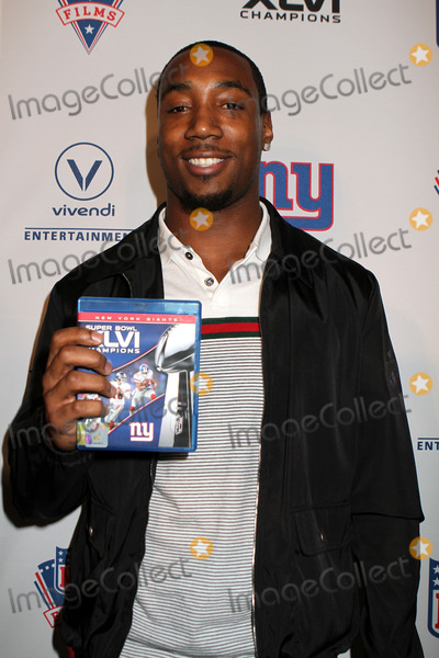 Mario Manningham Photo - Mario Manningham of the New York Giants at the Super Bowl XLVI Champions: New York Giants 'Blue Carpet' VIP premiere at the Regal E-Walk Stadium 13 on March 5, 2012 in New York City.