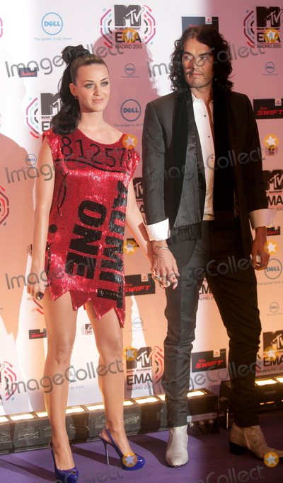 Russell Brand, Katie Perry, Katy Perry Photo - Katy Perry and Russell Brand at the MTV Europe Music Awards on November 7 2010 in Madrid