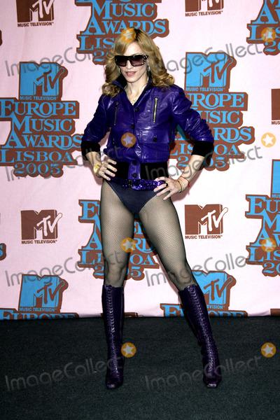 Madonna Photo - LISBON, PORTUGAL, 2005     Madonna at the Awards Room At MTV Europe Music Awards 2005.