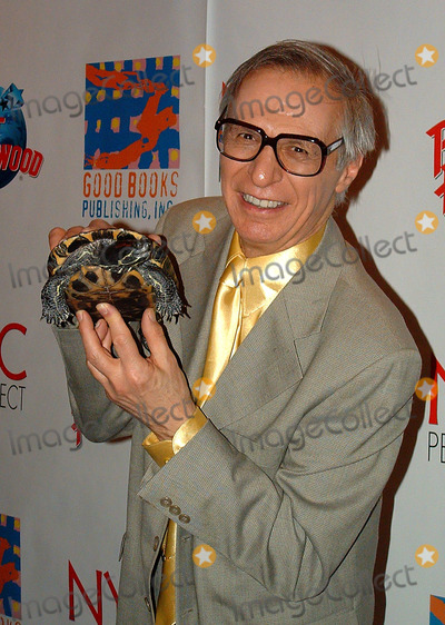 """Amazing Kreskin, Kreskin, The Amazing Kreskin Photo - The Amazing Kreskin at """"NYC Pet Project"""" Planet Hollywood. New York, January 13, 2003. REF: AMUS2099."""