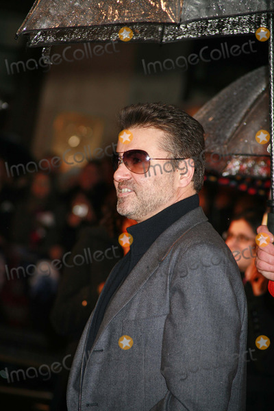 George Michael, Michael Bublé, Michael Paré Photo - George Michael arriving at the UK film premiere of 'Sleuth', at the Odeon West End cinema