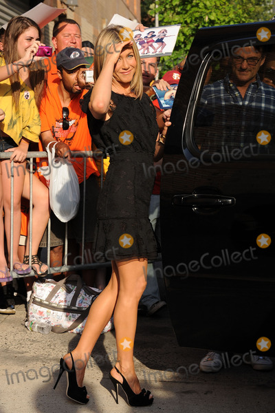 Jennifer Aniston, Jon Stewart Photo - Jennifer Aniston tapes Jon Stewart on June 27, 2011 in New York City