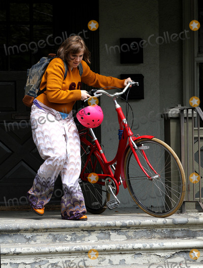 Lena Dunham Photo - May 1 2014, New York City