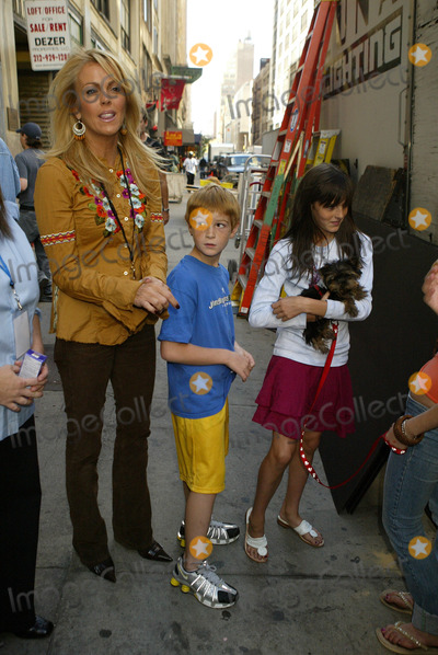 Photos And Pictures New York September 28 2005 Dina Lohan Dakota Lohan And Aliana Lohan On The Set Of Lindsay Lohans New Music Video With A Puppy That