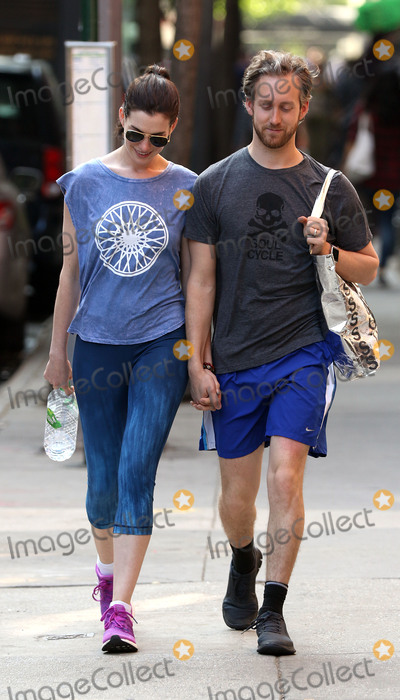 Anne Hathaway, Ann Hathaway, Adam Shulman Photo - 