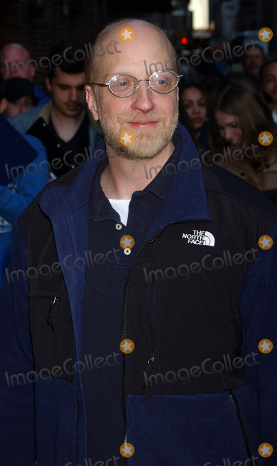Chris Elliott, David Letterman Photo - NEW YORK, MARCH 29, 2006    Chris Elliott stops for an appearance at the Late Show with David Letterman.