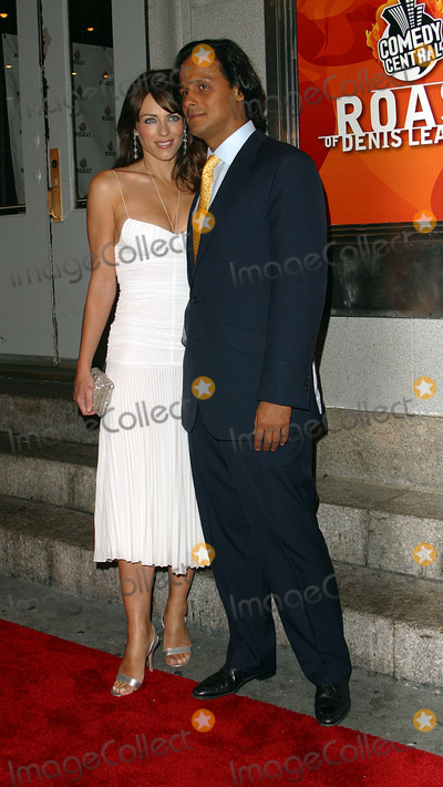"""Arun Nayer, Denis Leary, Liz Hurley Photo - Liz Hurley and boyfriend Arun Nayer arriving at """"The Comedy Central Roast of Denis Leary in New York, June 19, 2003."""