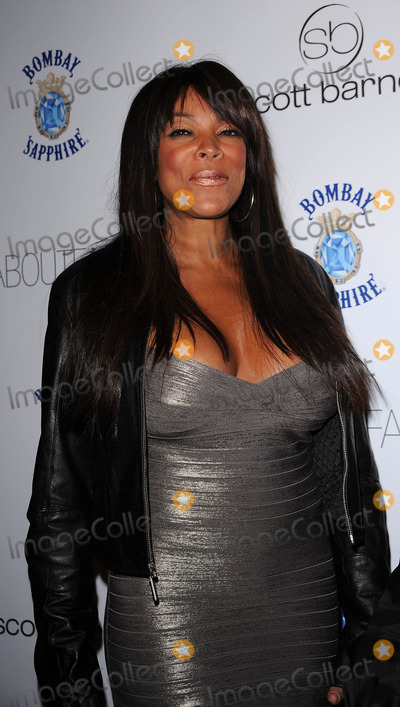 Photos and Pictures - personality Wendy Williams arriving at