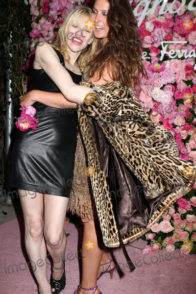 Stella Schnabel, Courtney Love Photo - Courtney Love (L) and Stella Schnabel at the launch of Salvatore Ferragamo's Signorina fragrance at Palazzo Chupi on March 20, 2012 in New York City.