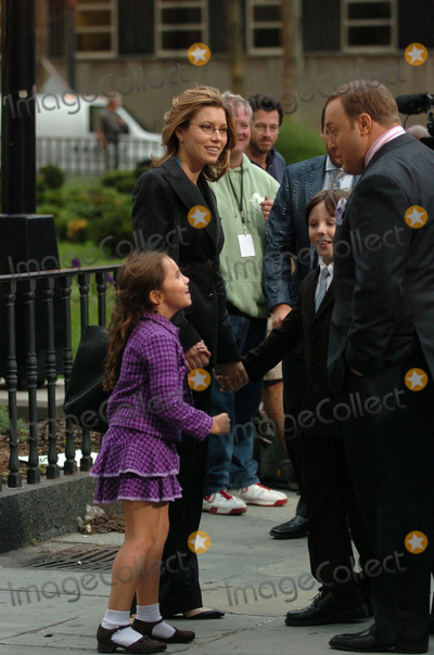 Jessica Biel, Kevin James Photo - Jessica Biel and Kevin James on the set of ' I now pronounce you Chuck and Larry'.