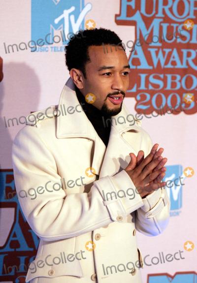 John Legend, JOHN  LEGEND Photo - LISBON, PORTUGAL, 2005     John Legend at the Awards Room At MTV Europe Music Awards 2005.