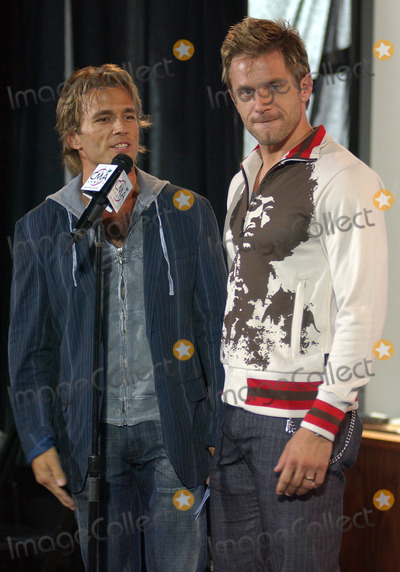 Scott Reeves, Stone Roses, AARON BENWARD Photo - NEW YORK, SEPTEMBER 7, 2005    Scott Reeves and Aaron Benward at the 2005 CMA Country Awards Press Conference held at Stone Rose Time Warner Center.