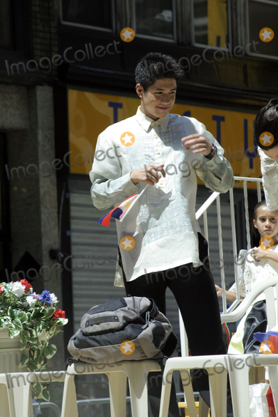 ALJUR ABRENICA Photo - Philippine actor Aljur Abrenica attends the 2009 Philippine Independence Day Parade on June 7, 2009 in New York City.