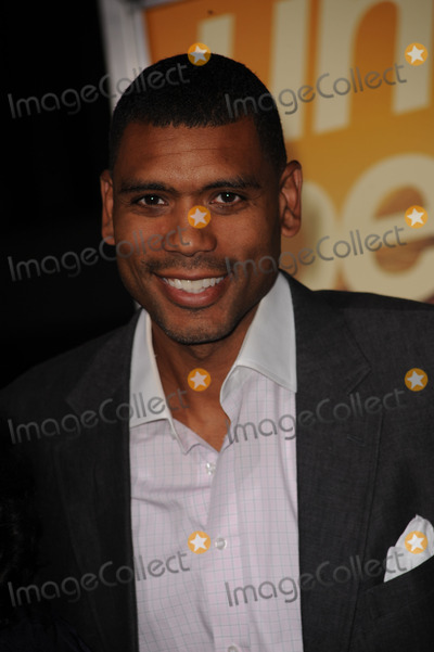 ALLEN HOUSTON Photo - Allen Houston arriving at the 'The Informant' benefit screening at the Ziegfeld Theatre on September 15, 2009 in New York City.