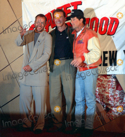 Bruce Willis, Sylvester Stallone, ARNOLD SCHWARZENEGER Photo - NEW YORK, CIRCA 1995: BRUCE WILLIS, ARNOLD SCHWARZENEGER, SYLVESTER STALLONE