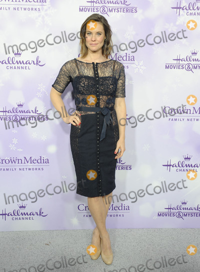 Ashley Williams Photo - 