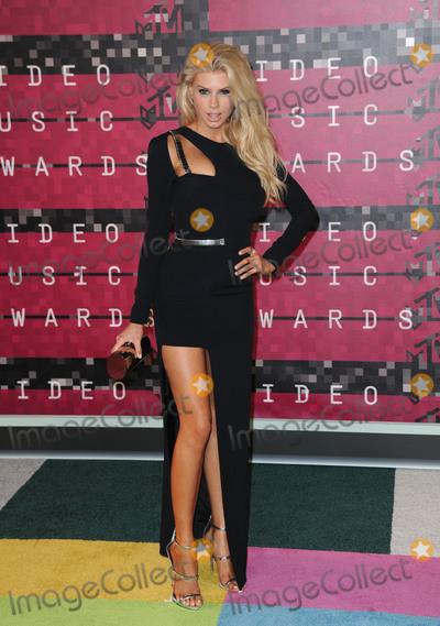 Charlotte McKinney Photo -   August 30 2015, LA  Charlotte McKinney arriving at the 2015 MTV Video Music Awards at the Microsoft Theater on August 30, 2015 in Los Angeles, California  By Line: Peter West/ACE Pictures   ACE Pictures, Inc. tel: 646 769 0430