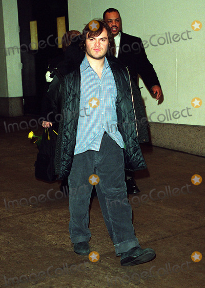 """Jack Black, Jackée Photo - * WORLD SYNDICATION RIGHTS *    Actor JACK BLACK (Shallow Hal, Orange County) leaving MTV Studios in New York after making an appearance on the """"Total Request Live"""" Show. January 11, 2002.   2002 by Alecsey Boldeskul.  ONE-TIME REPRODUCTION RIGHTS."""