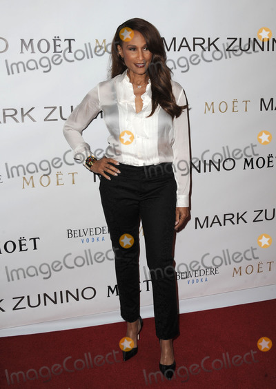 Beverly Johnson, THE MARK, Mark Zunino Photo -   January 7 2016, LA  Beverly Johnson arriving at the Mark Zunino Atelier opening at Mark Zunino Atelier on January 7, 2016 in Beverly Hills, California.  By Line: Peter West/ACE Pictures   ACE Pictures, Inc. tel: 646 769 0430