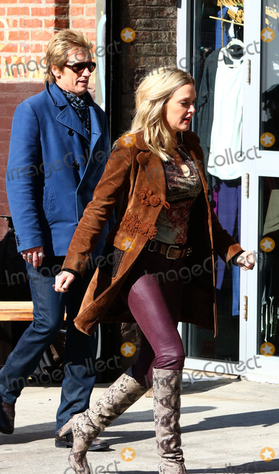 Denis Leary, Elaine Hendrix Photo - 