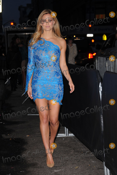 Bar Refaeli Photo - Sports Illustrated swimsuit model Bar Refaeli attends SI Swimsuit Launch Party at Crimson on February 14, 2012 in New York City