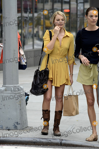 Margot Robbie Photo - October 3 2012, New York City