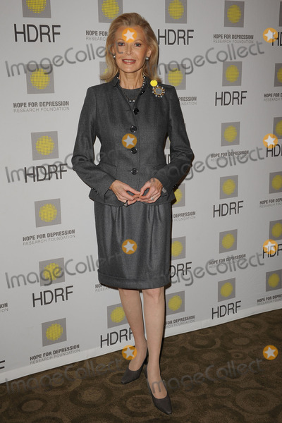 AUDREY GRUSS Photo - HDRF Founder and Chairman, Audrey Gruss at the 'Hope for Depression Research Foundation Seminar' at the Time Warner Center on November 16, 2009 in New York City.