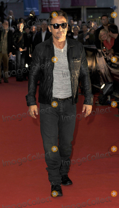 Bruce Springsteen, The Edge, Edge Photo - Bruce Springsteen at the premiere of 'The Promise: The Making of Darkness on the Edge of Town' on October 29 2010 in London
