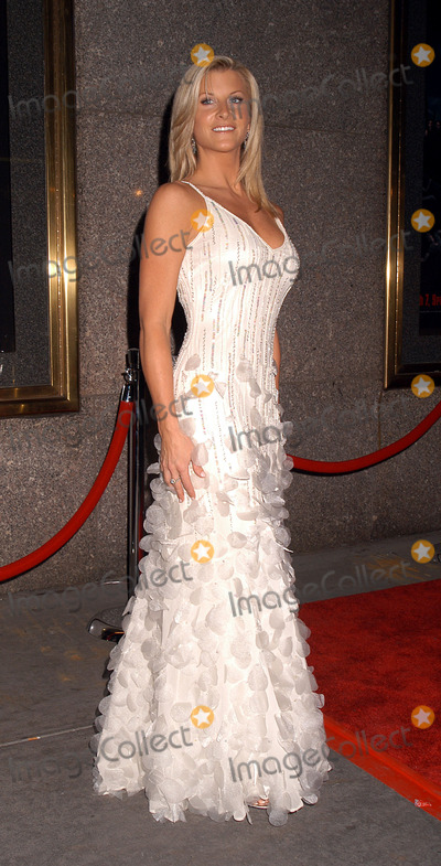 Allison Dunbar, The Sopranos Photo - Allison Dunbar at the premiere of 'The Sopranos.' New York, March 2, 2004.