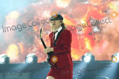 AC/DC, Angus Young, Wembley Stadium, Hüsker Dü Photo -   July 4 2015, London  Angus Young of AC/DC performs at Wembley Stadium on July 4 2015 in London   By Line: Famous/ACE Pictures   ACE Pictures, Inc. tel: 646 769 0430