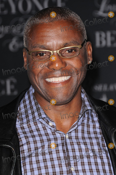 Carl Lewis Photo - Carl Lewis attends the screening of 'Live at Roseland: The Elements of 4' at the Paris Theatre on November 20, 2011 in New York City