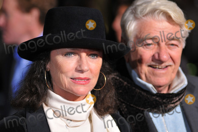 Seymour Cassel, Jacqueline Bisset Photo - Actress Jacqueline Bisset and Seymour Cassel at the World Premiere of Dreamworks Pictures and Paramount Vantage film 'Revolutionary Road' on December 15, 2008 at Mann's Village Theatre in Westwood, California.