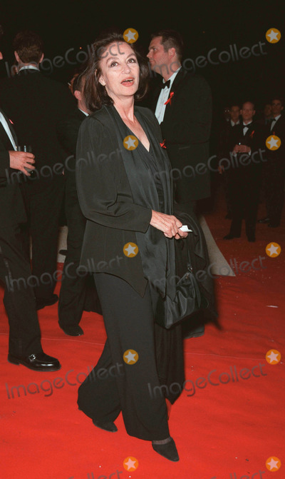 Anouk Aimee, Anouk Aimé Photo - 20MAY99: Actress ANOUK AIMEE at the 6th annual Cinema Against AIDS Gala in Cannes to benefit the American Foundation for AIDS Research (AmFAR). Paul Smith / Featureflash