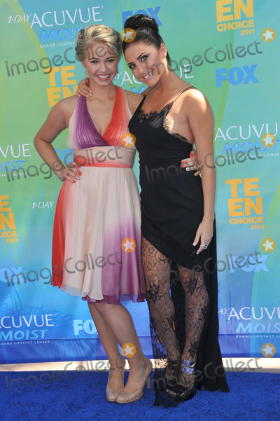 Ayla Kell, Cassie, Cassie Scerbo Photo - Ayla Kell (left) & Cassie Scerbo at the 2011 Teen Choice Awards at the Gibson Amphitheatre, Universal Studios, Hollywood.August 7, 2011  Los Angeles, CAPicture: Paul Smith / Featureflash