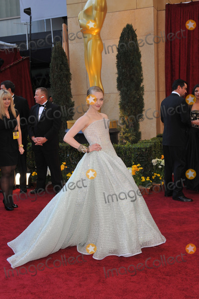 Amanda Seyfried Photo - Amanda Seyfried at the 82nd Annual Academy Awards at the Kodak Theatre, Hollywood.March 7, 2010  Los Angeles, CAPicture: Paul Smith / Featureflash
