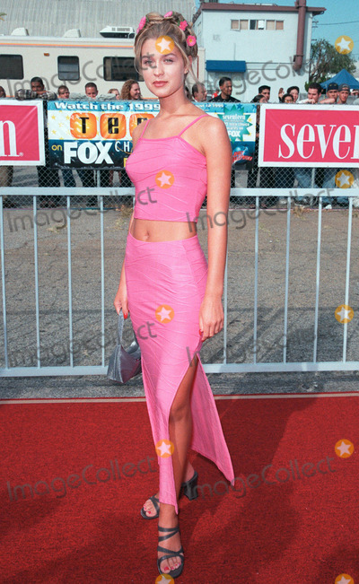 Ashley Lyn Cafagna Photo - 01AUG99: Actress ASHLEY LYN CAFAGNA at the 1999 Teen Choice Awards, in Santa Monica. Paul Smith / Featureflash
