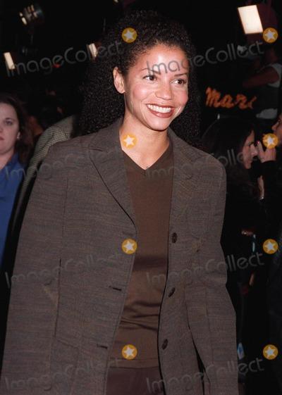 "Gloria Reuben Photo - 20NOV97:  ""ER"" star GLORIA REUBEN at the premiere of""Alien Resurrection,"" in Los Angeles. 1997 Paul Smith / Featureflash"